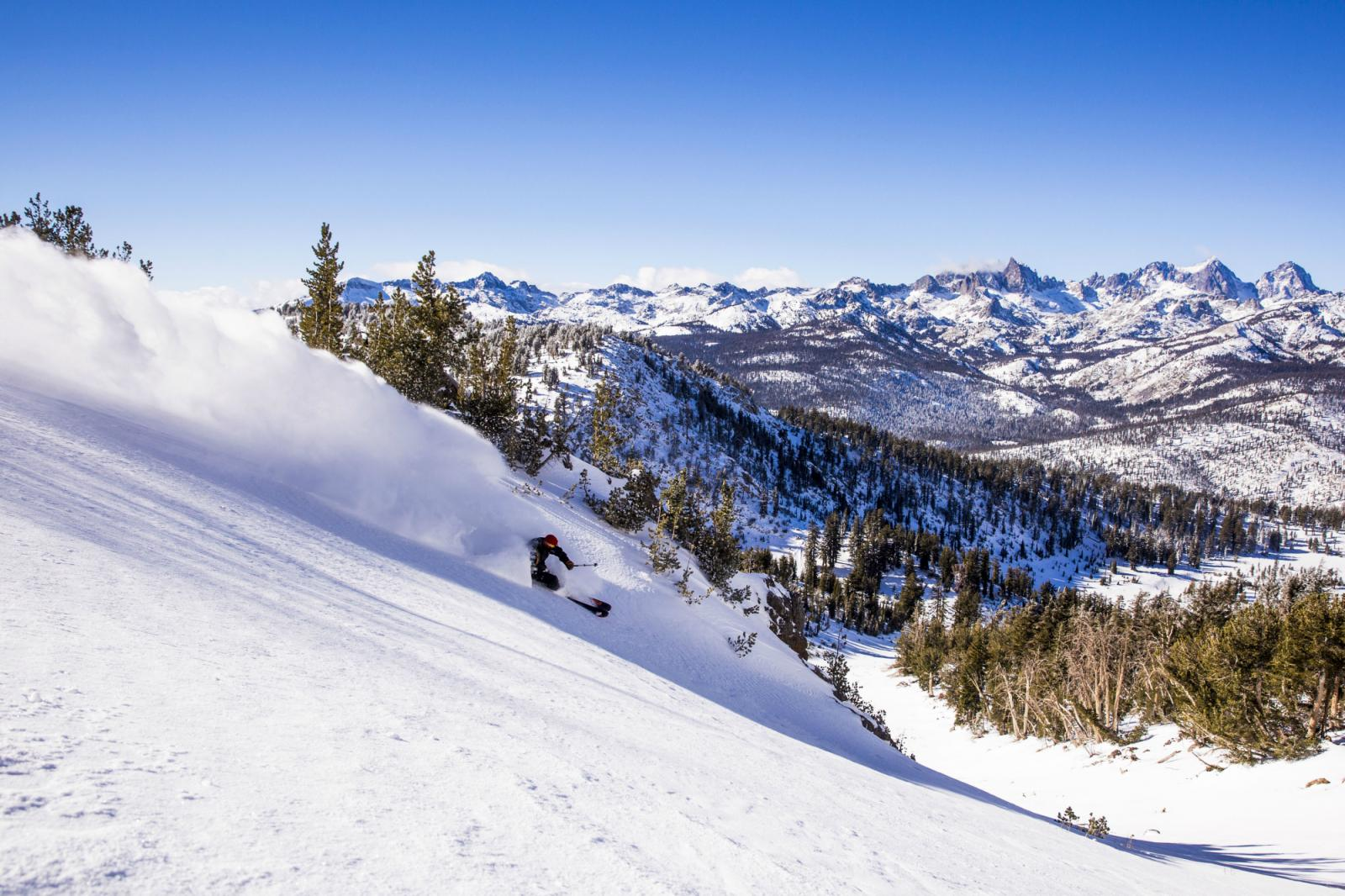 Mammoth Mountain geopend tot 4 juli na een geweldig sneeuwseizoen!