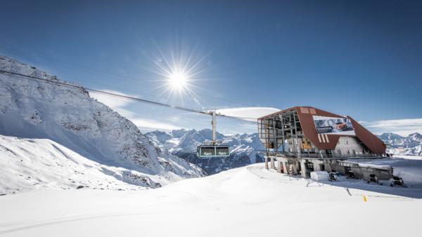 Een paar uur gratis de piste op in Zwitserland