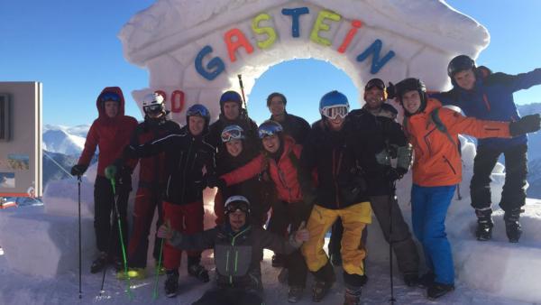 De skileraar onthult… ''Over gebrek aan aandacht hoeven skileraren zich geen zorgen te maken!''